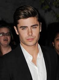 zac efron hair in the lucky one zac efron squints at the lucky one premiere mirror online