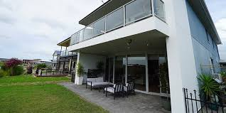 pictures of houses selling houses australia