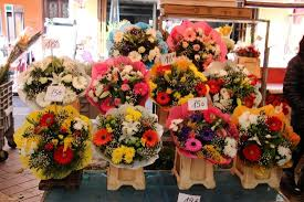 bouquets of flowers bouquets of flowers at great prices picture of marche aux fleurs