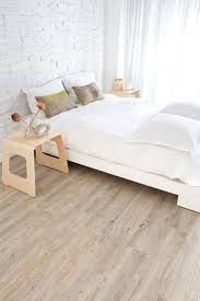 Laminate Bedroom Flooring 32 Cool Cork Flooring Ideas For Maximum Comfort Digsdigs