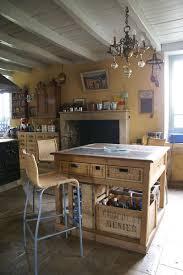 cuisine maison bourgeoise la cuisine après les travaux photo de finitions et déco une