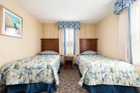 three bedroom 1 bath efficiency 311 and 312 red jacket beach