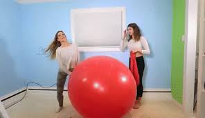 Balloon Challenge Balloon Challenge Find Make Gfycat Gifs