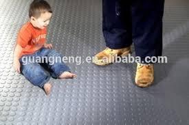 gummimatten f r treppen gummimatten für treppen gummi bodenmatte für spielplatz outdoor
