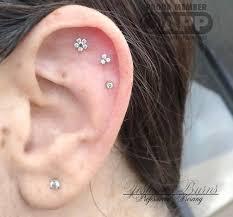 piercing ureche cele mai bune 25 de idei despre cartilage piercing pe