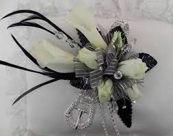 black and white corsage the designers of the corsages boutonnieres flirty fleurs the