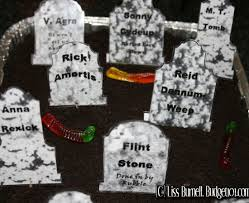 gravestone sayings budget101 haunted tombstone sayings decor ideas