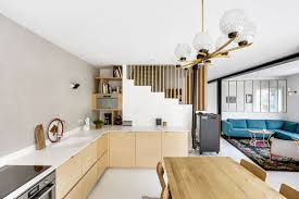 cuisine maison de famille maison romainville 200 m2 décorés pour une famille côté maison