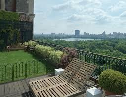 Urban Gardening New York New Book Highlights Amazing Manhattan Rooftop Terraces And Gardens