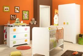 chambre enfant confo lit bébé moderne à roulettes de chez conforama 201212161056245m
