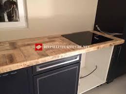 cuisine en palette cuisine recouverte avec palettesmeuble en palette meuble en palette