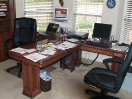 T Shaped Office Desk Furniture T Shaped Desk For The Office Would Be Home Amazing