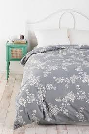 White Gray Comforter Best 25 Floral Comforter Ideas On Pinterest Floral Bedroom