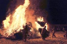 12th night bonfire lights up eagle skies jan 6 vaildaily com