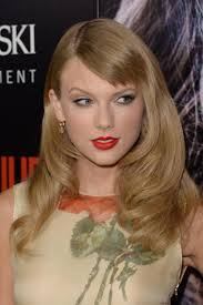 romeo and juliet hairstyles taylor swift debuts new haircut at romeo juliet premiere