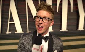 Vanity Fair Oscar Party Youtube Star Tyler Oakley Interviewed Celebrities At Vanity Fair U0027s