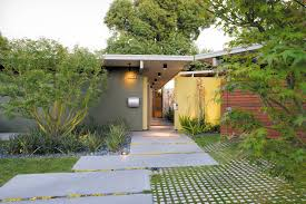 eichler hosue photo 4 of 9 in creative landscape design for a renovated eichler