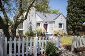 live along the canal in this harbor island bungalow yours for