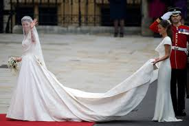 Alexander Mcqueen Wedding Dresses Royal Couture William And Kate Royal Wedding Kate Wears