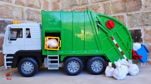 bruder garbage truck garbage trucks rule l before you buy a bruder truck watch this l