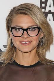 hairstyles glasses round faces medium length hairstyles for round faces with glasses medium