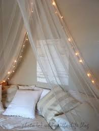 Diy Canopy Bed With Lights Diy Bed Canopy Tumblr Apartment Pinterest Canopy Bedrooms