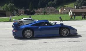 Porsche 911 Gt1 - most epic hypercar drag races include porsche 911 gt1 vs merecedes