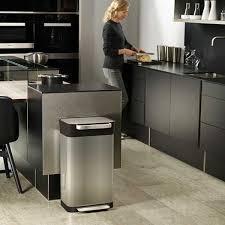 compacteur cuisine compacteur à déchets titan joseph joseph poubelles de cuisine et