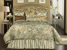 french country small bedroom with queen size rose tree bedding set