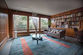 What Is A Rambler Style Home Reconsidering The Ranch House Apartment Therapy