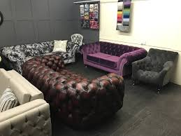 Chesterfield Sofa Showroom Timeless Chesterfield Sofas Handmade Leather Fabric