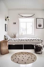 chambre deco scandinave chambre enfant look noir blanc inspirations et étourdissant chambre