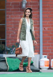 Honest Office Jessica Alba At Honest Company U0027s Summer Office Party In Los