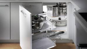 armoire en coin cuisine cuisine quincaillerie richelieu