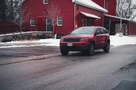 jeep grand cherokee trailhawk review 2017 jeep grand cherokee trailhawk canadian auto review