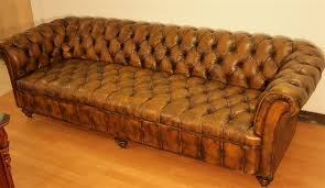 Chesterfield Tufted Leather Sofa Fabulous Chesterfield Tufted Leather Sofa 98 Inch Leather Tufted