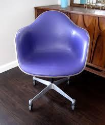 La Z Boy Raynor Leather Executive Chair Herman Miller Desk Chair Herman Miller Embody Office Chair White