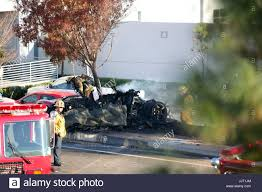 paul walker porsche fire car crash stock photos u0026 car crash stock images page 5 alamy