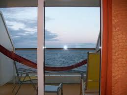 h ngematte auf balkon bild großer balkon auf deck 6 mit hängematte zu aidasol in