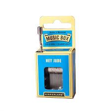 Boite A Musique La Vie En Rose Amazon Com Kikkerland Hey Jude Crank Music Box Home U0026 Kitchen