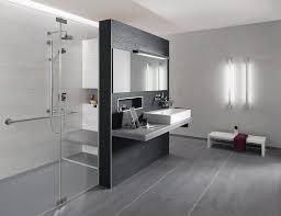 badezimmer mit wei und anthrazit stilvoll badezimmer anthrazit wei fliesen innen badezimmer