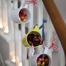 christmas on a budget decorating on a dime christmas blog