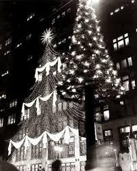 1960 s christmas tree lights j l hudson s 12th floor christmas in detroit starburst light
