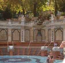 Bad Budapest Baden In Budapest Techno Im Thermalbad Bilder U0026 Fotos Welt