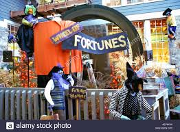 fortune telling business run by witches at this halloween