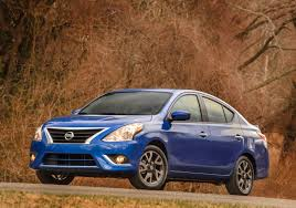nissan versa in snow nissan versa vs hyundai accent compare cars