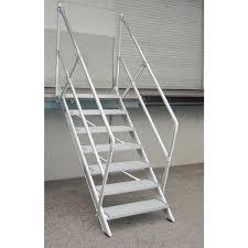 leitern fã r treppen aluminium treppe 45 stufenbreite 600 mm