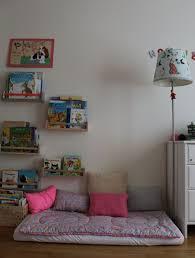 coin lecture chambre coin lecture chambre enfant petit pan montessori bellevie