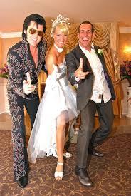elvis wedding in vegas die besten 25 graceland chapel ideen auf las vegas
