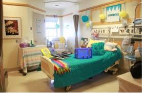 decorate a hospital room bringing joy to hospital patients on global youth service day ysa